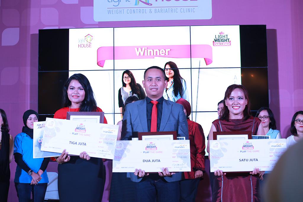 LWC 2016 (28) Tiga pemenang yang mendapat total hadiah hingga ratusan juta rupiah